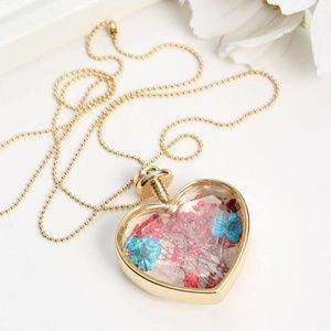 Jewelry - Natural Real Dried Flower Heart Glass Necklace